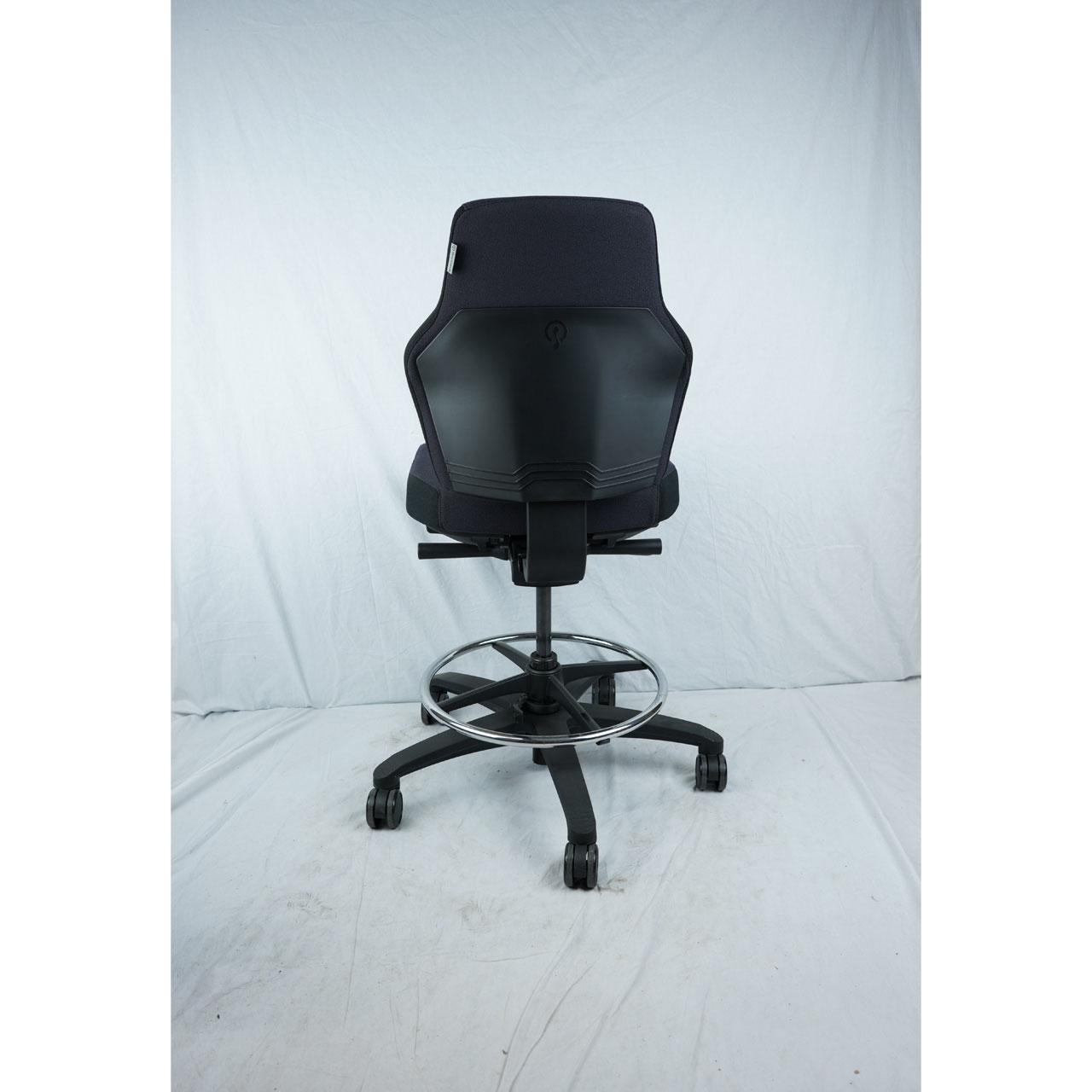 At Work werlstoel Synchro Blend met voetenring zwart